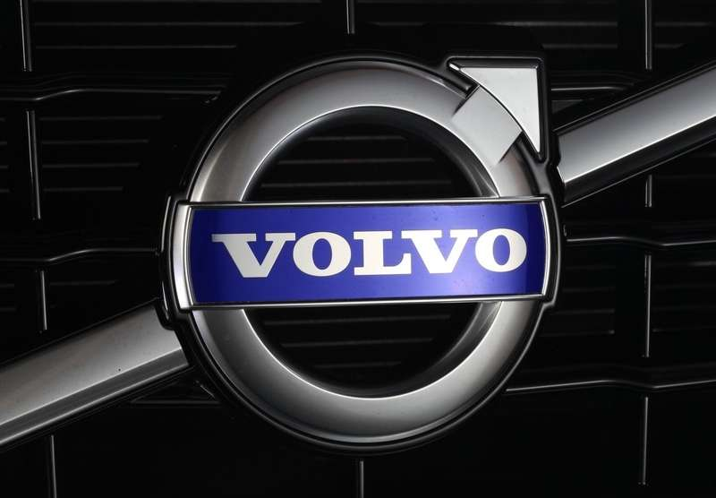 Volvo-V60_R-Design_2011_1280x960_wallpaper_39