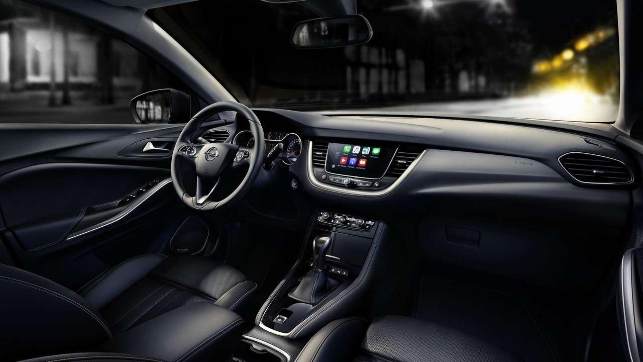 Молнией поТигуану: Opel представил компактный Grandland X— фото 739177