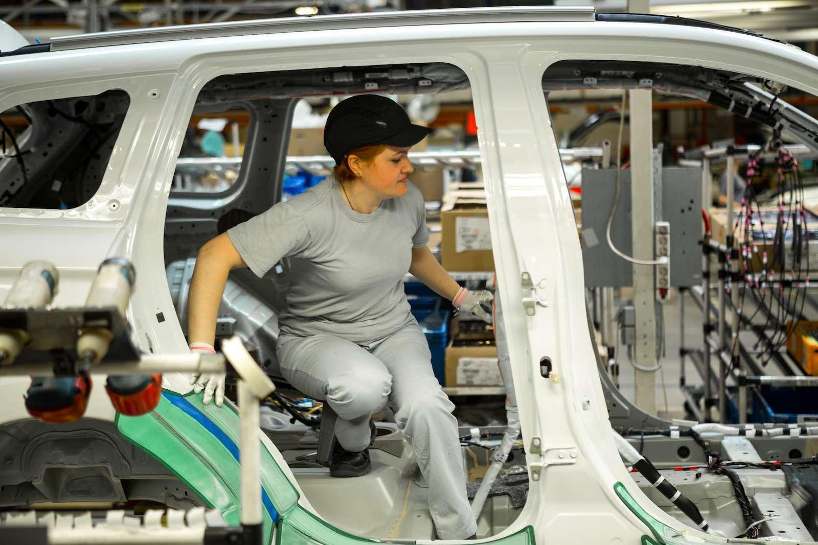 Почему локализованные вКалуге автомобили недешевеют— фото 573396