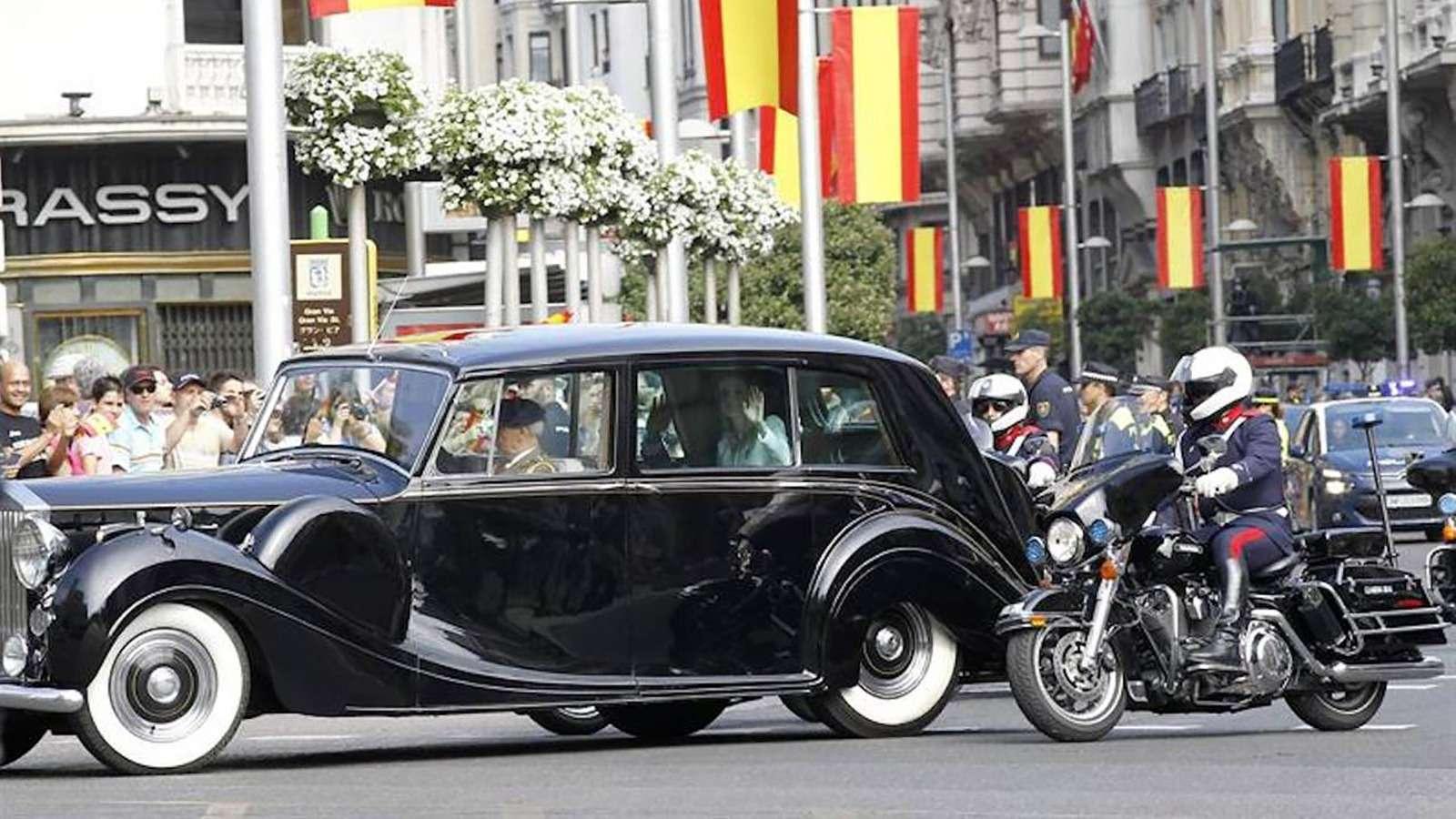 10автомобилей мировых лидеров: Аурус, «Зверь» идругие— фото 922535