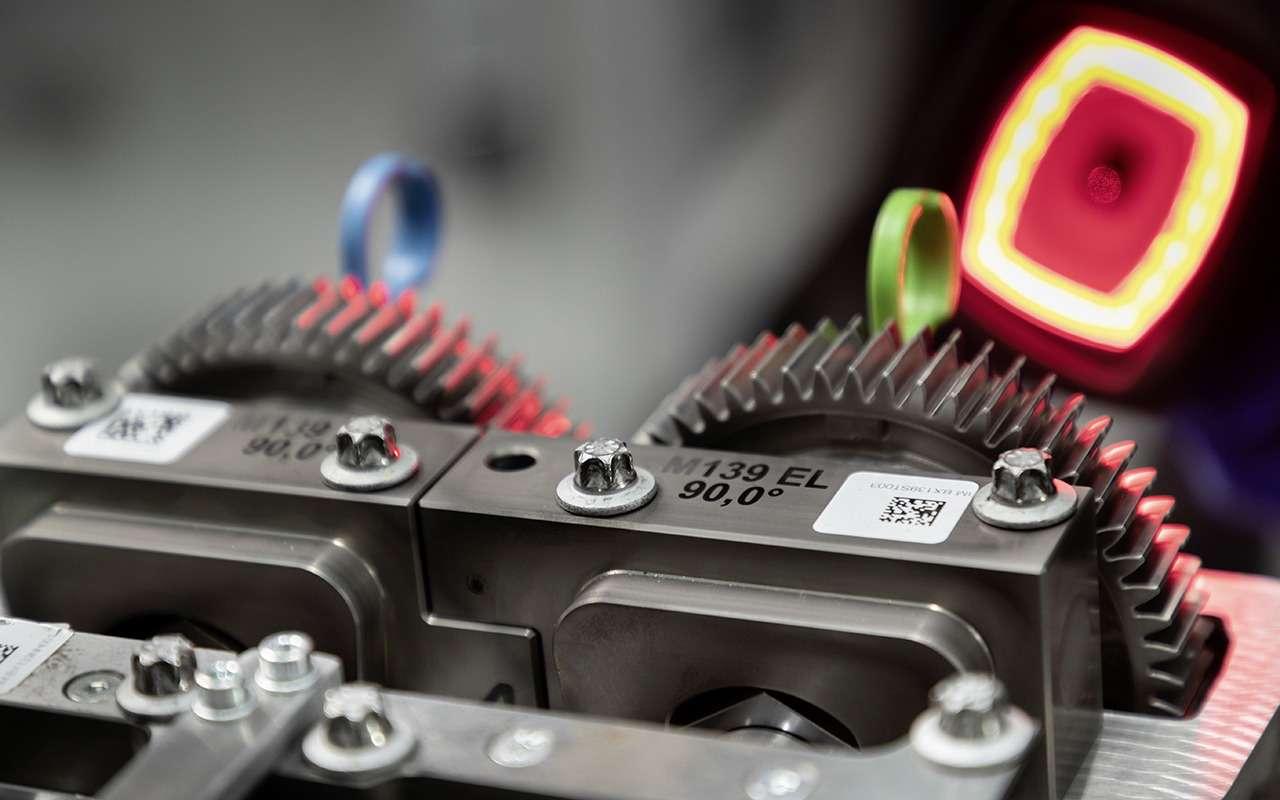Турбированный двигатель Mercedes-AMG— новые подробности— фото 982772