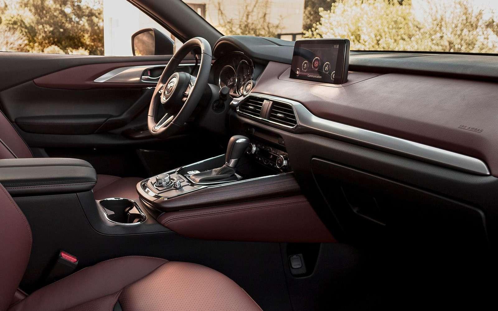 Mazda объявила рублевые цены накроссовер CX-9— фото 786319