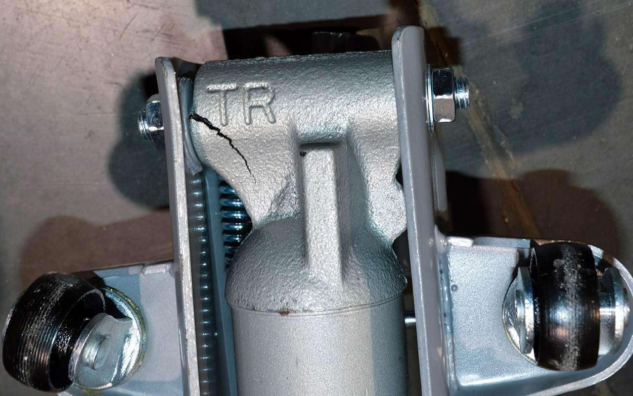 Подкатные домкраты: экспертиза «Зарулем»— фото 1269635