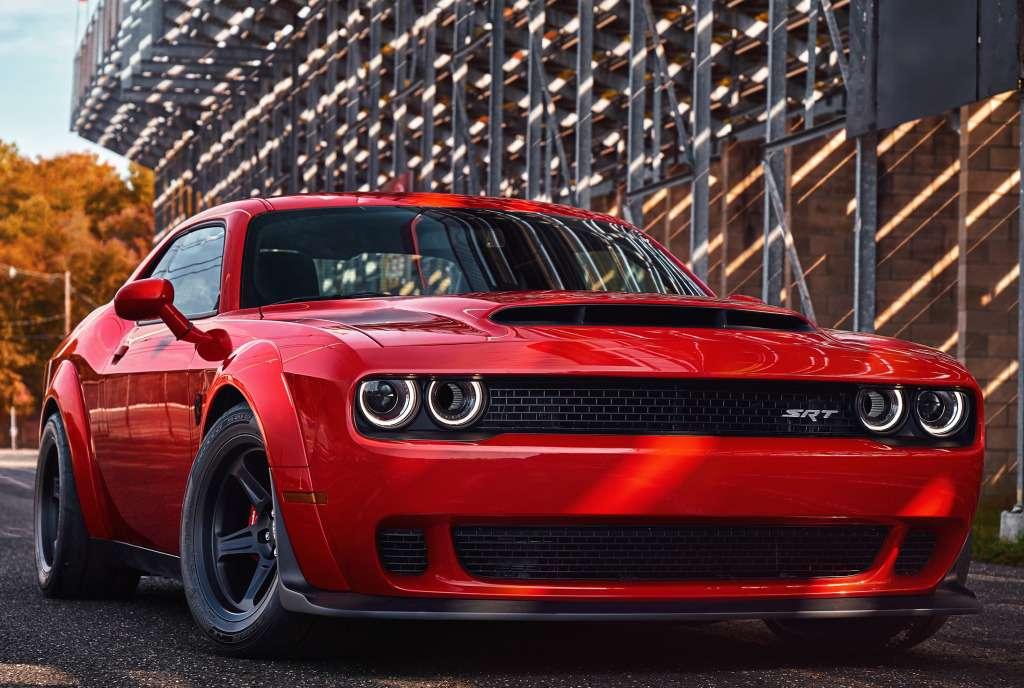 ПриНиксоне такого не было: Dodge Challenger SRT Demon представлен официально— фото 735597