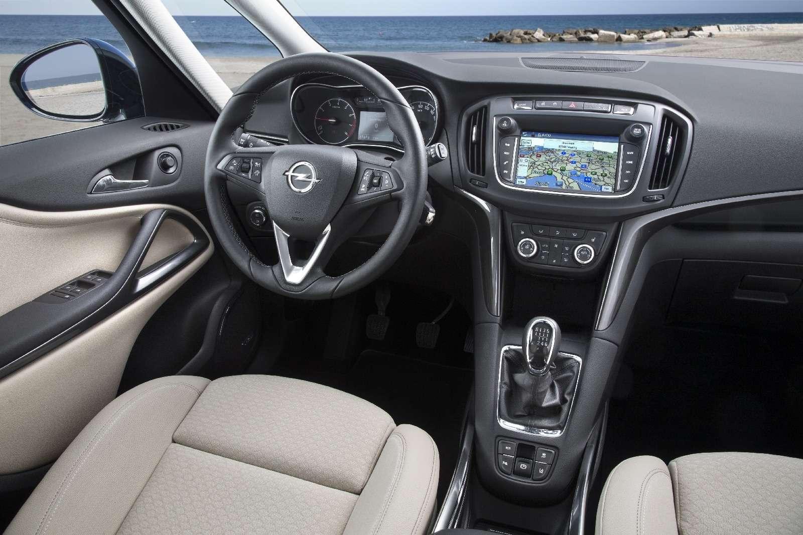 Обновленный компактвэн Opel Zafira представлен официально— фото 593686