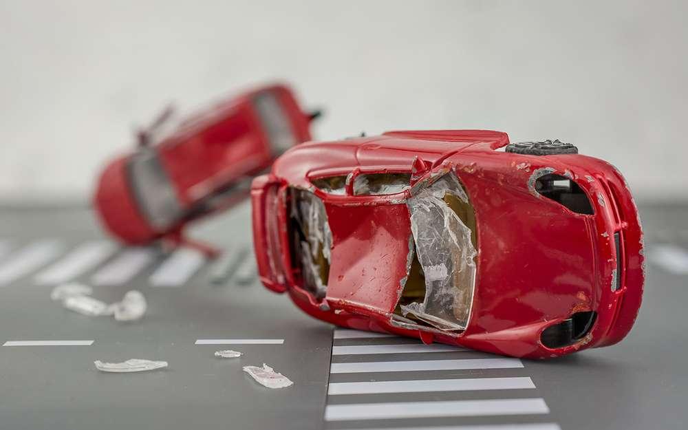 Женщины меньше калечат машины, чем мужчины— исследование