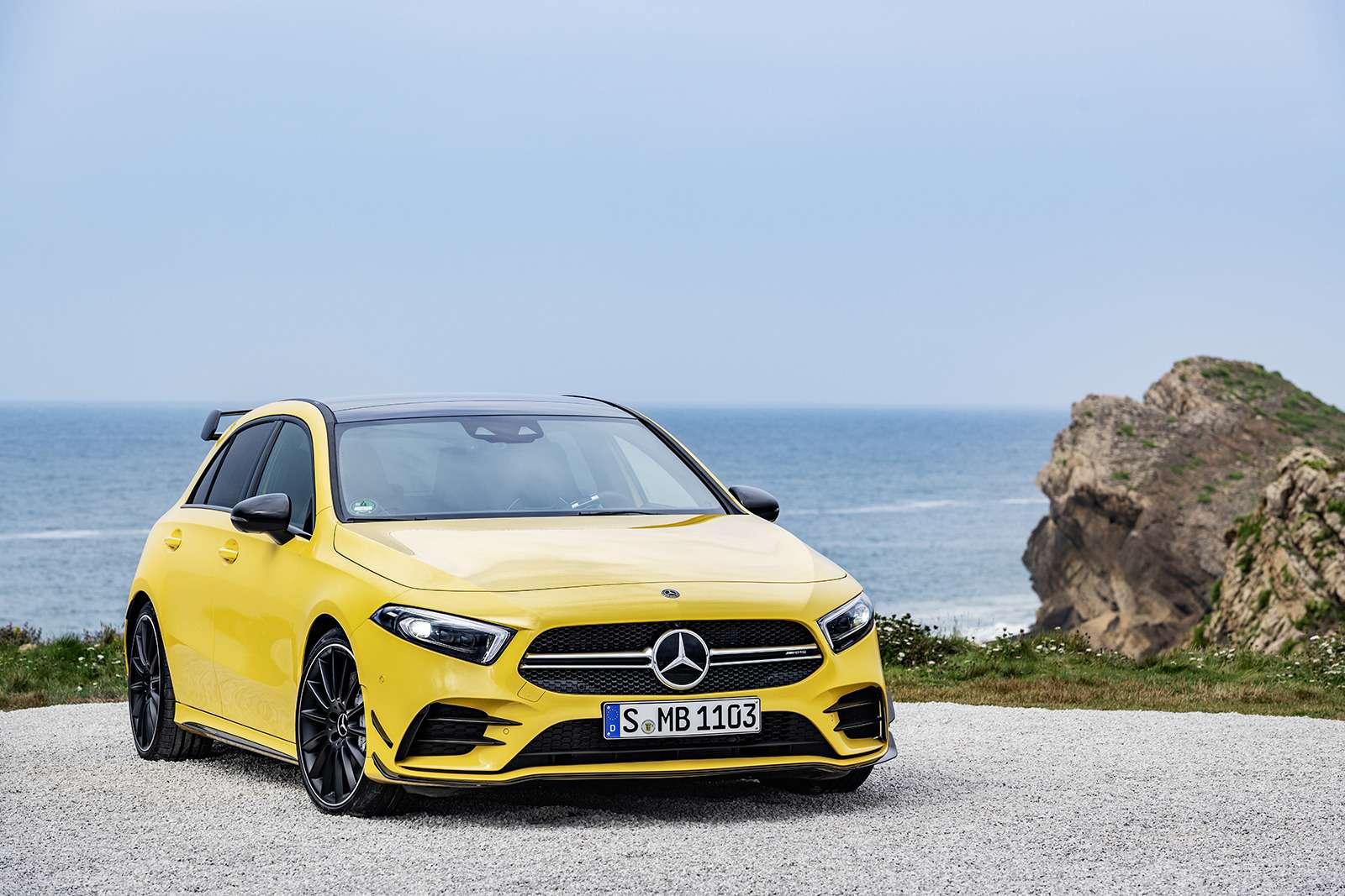 Самый дешевый Mercedes-AMG: разбираем его надетали— фото 906212