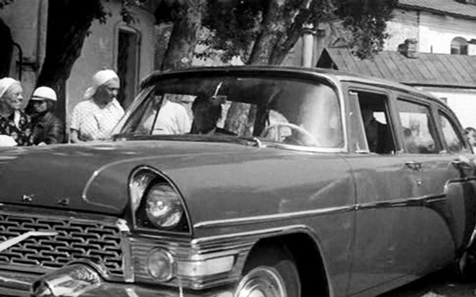 Крылья Советов: догоняем Америку наЧайке ГАЗ-13— фото 692186