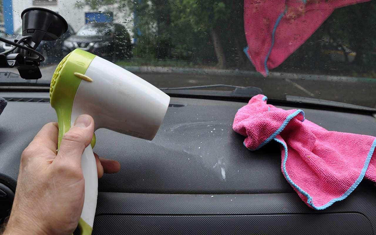 Зачем водители держат вбардачке парафиновые свечи? Проверили лайфхак— фото 1269208