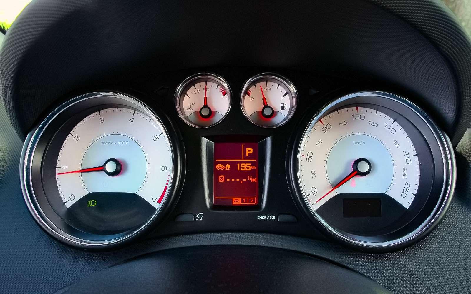 Рестайлинговый Peugeot 408— солидность, гармония иновый автомат— фото 769117
