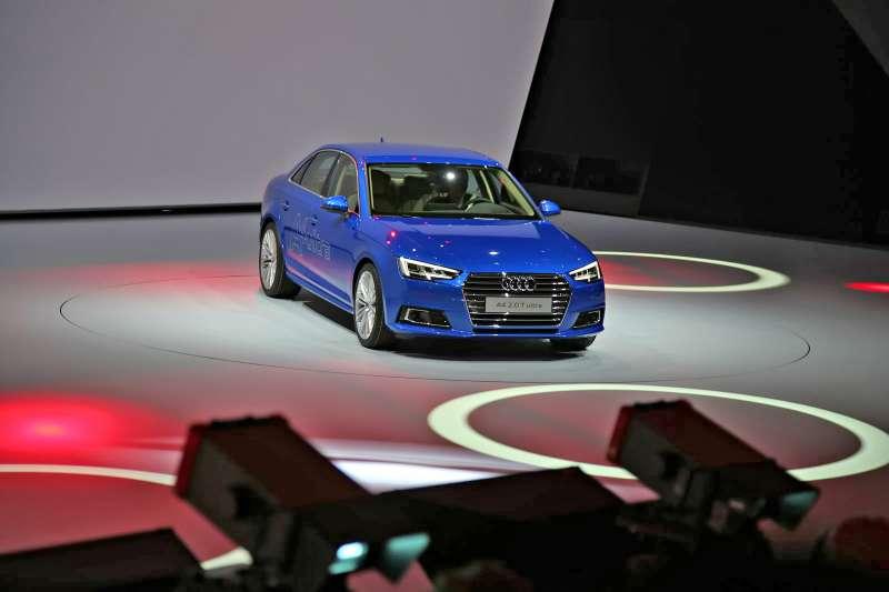 Audi-A4-Ultra-Kadakov