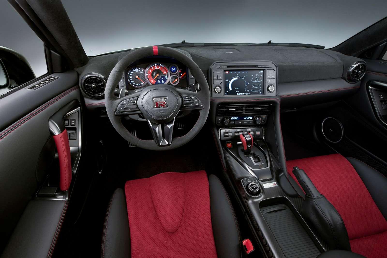 Обновленный Nissan GT-R Nismo дебютировал поместу применения— фото 592978