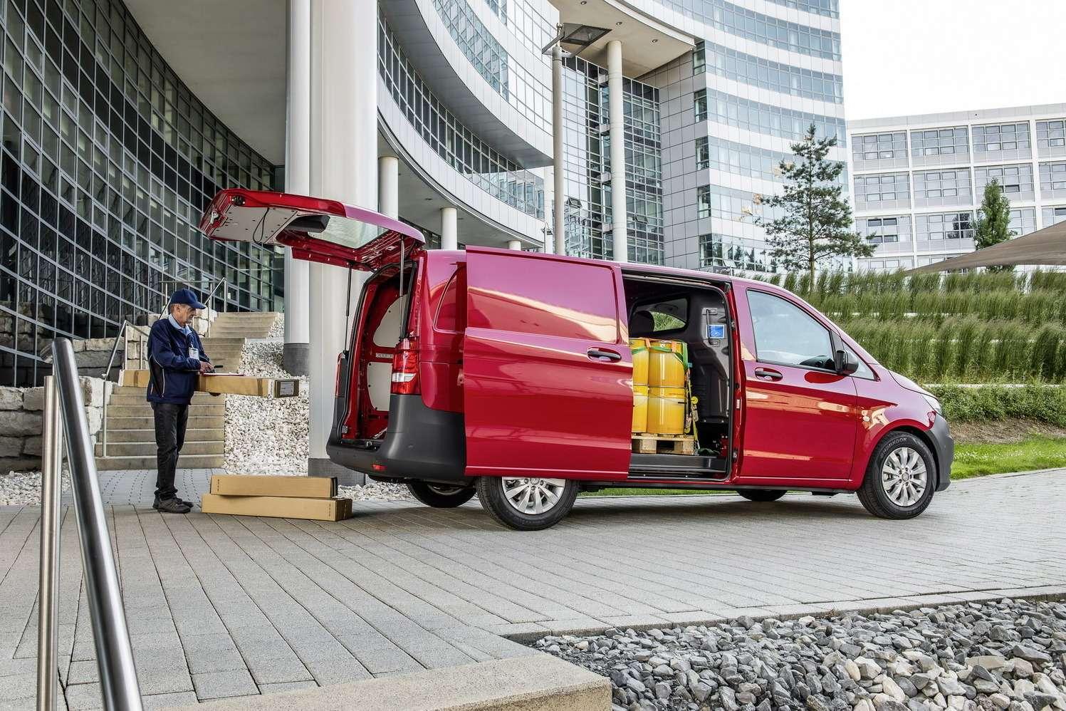 Mercedes-Benz-Vito-35