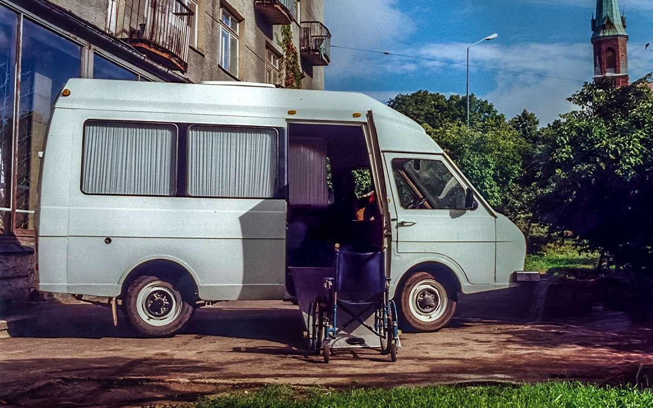 Тотсамый «рафик»: полная история главного микроавтобуса СССР— фото 1218817