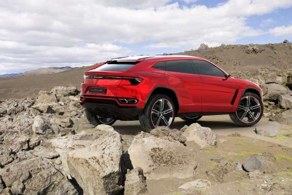 Lamborghini Urus Concept side-rear view