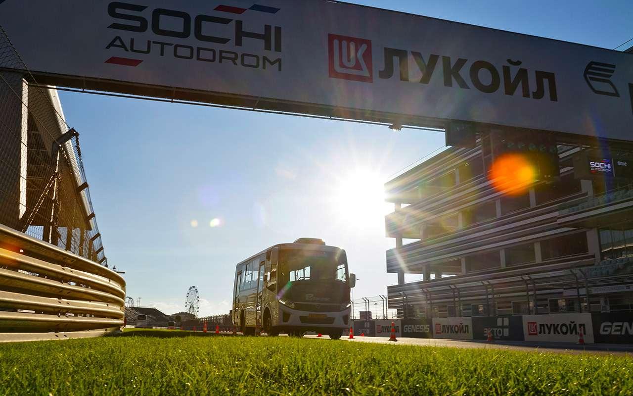 Почему мировые гоночные серии неприжились вРоссии. 4версии— фото 911153