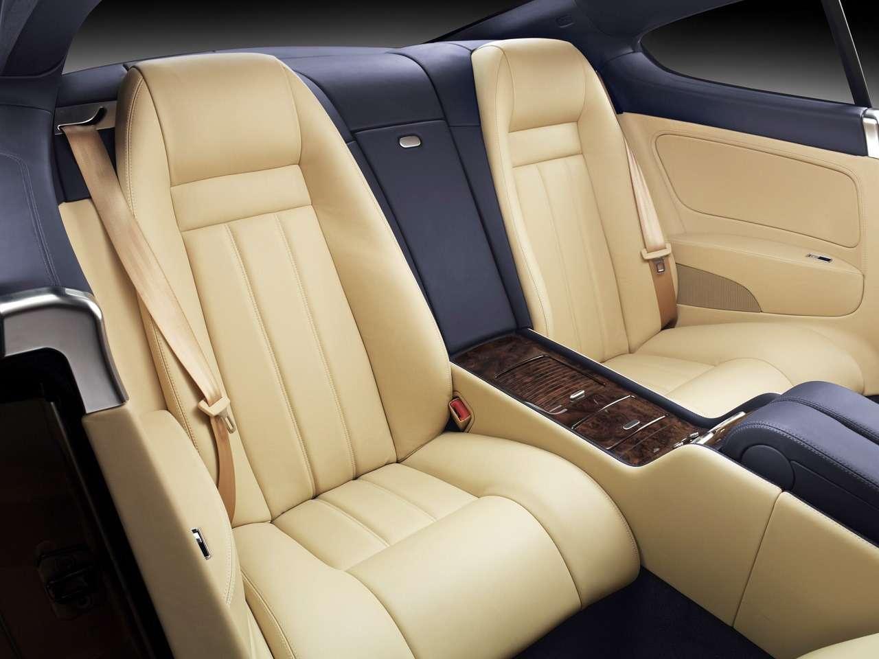 Роскошь недорого: как выбрать Bentley спробегом (ине разориться потом)— фото 1242683