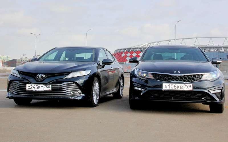 Toyota Camry— Kia Optima: погоня залидером