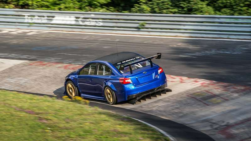 Subaru опубликовала видео рекордного заезда WRX STI наНюрбургринге