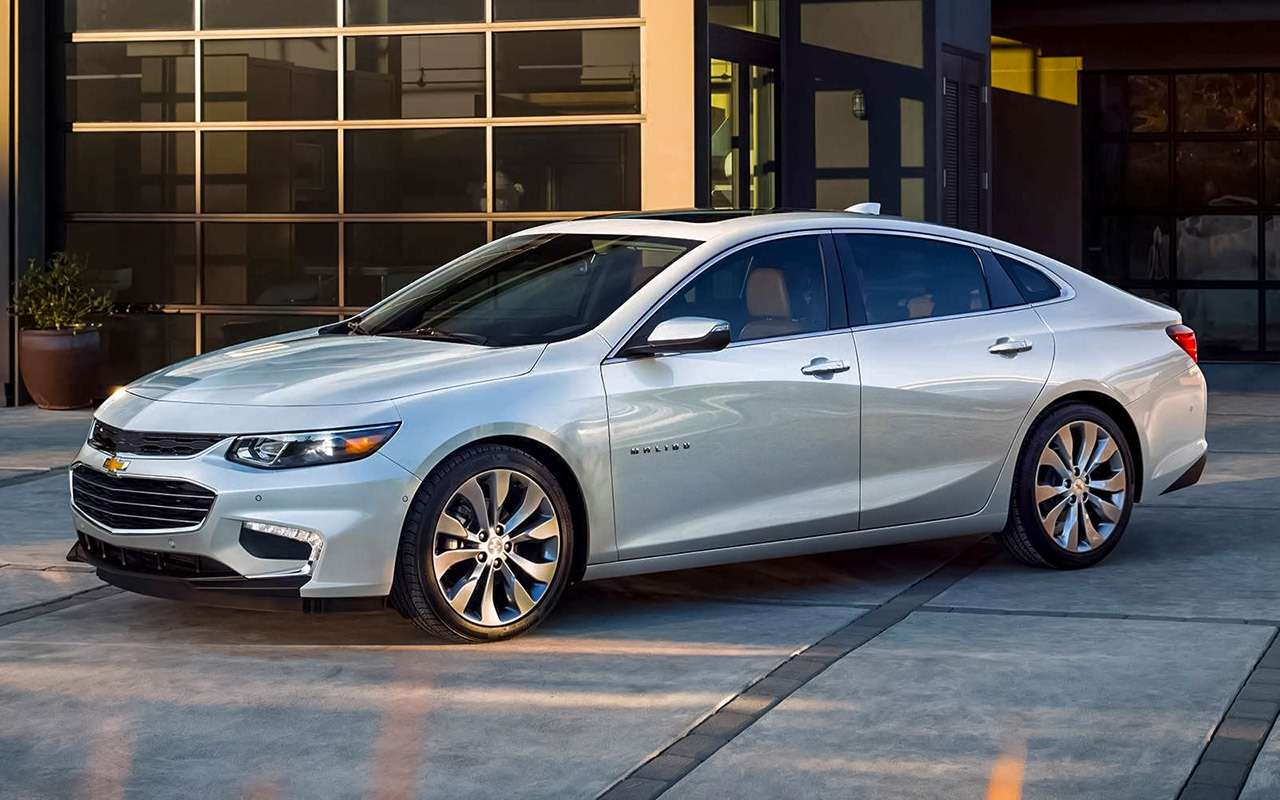 Chevrolet Cobalt иВеста— все расходы натри года вперед!— фото 1224495