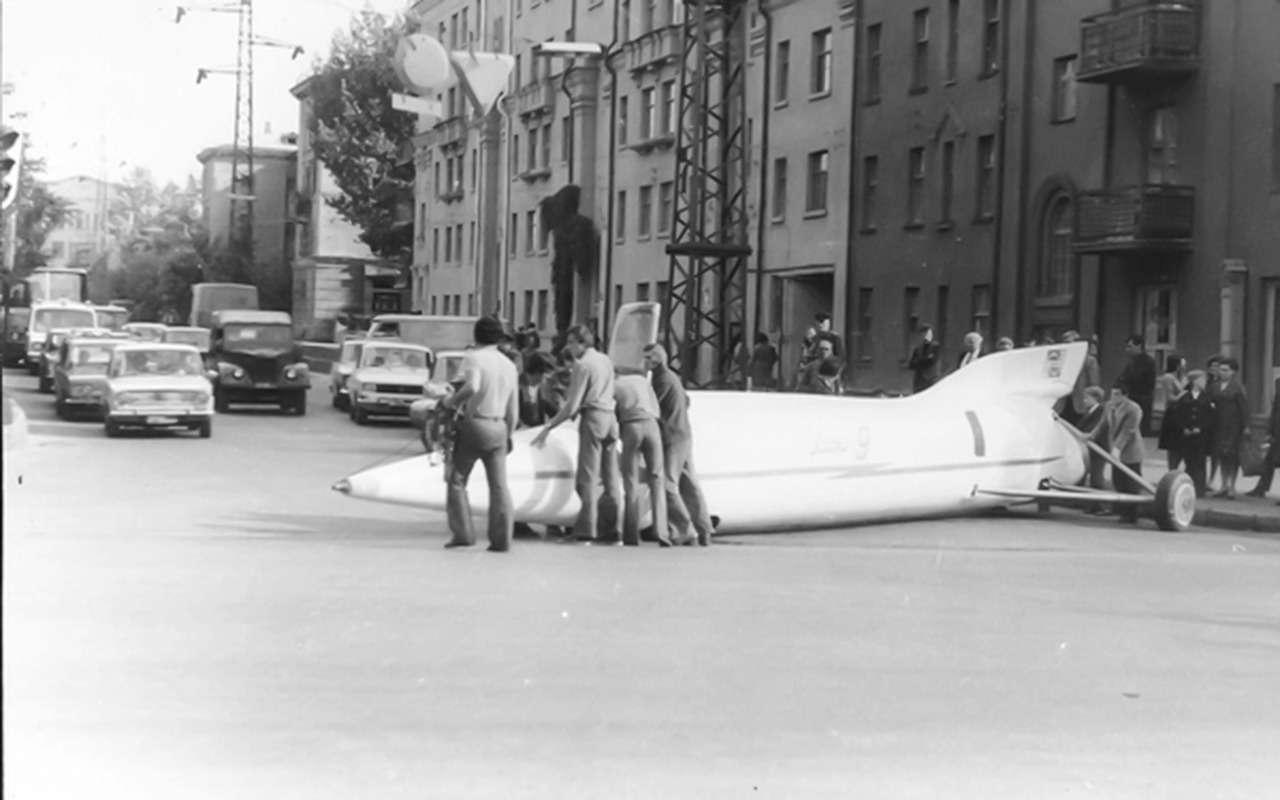 10самых быстрых автомобилей времен СССР— фото 892335