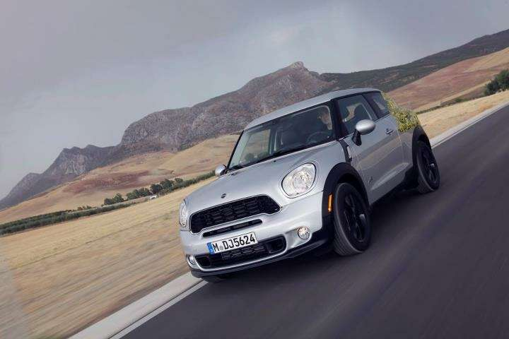 MINI_Paceman_no_copyright