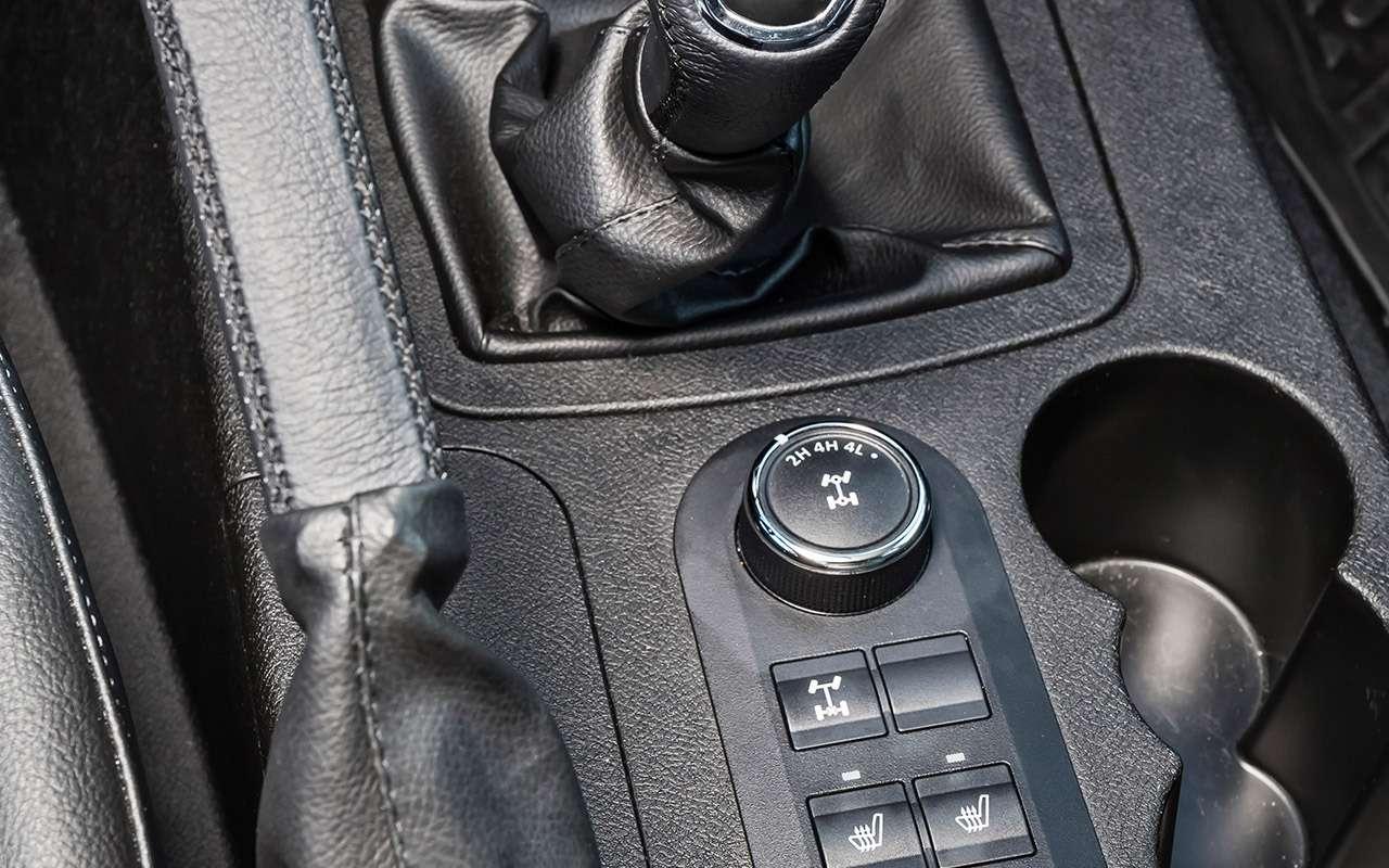 Тест обновленного УАЗа Пикап: мотор новый, косяки старые— фото 918429