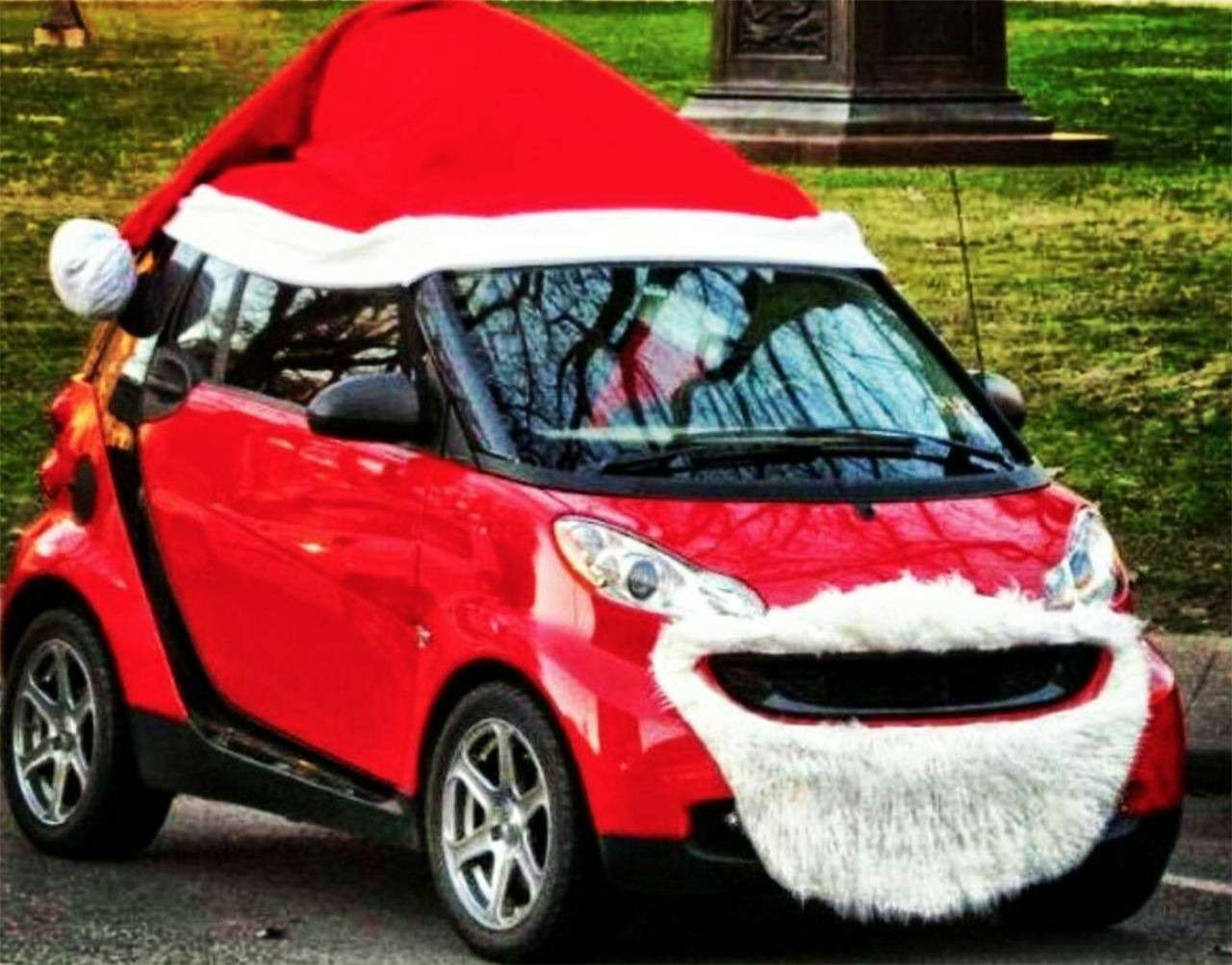Самые безумные украшения дляавтомобилей наНовый год— фото 826675
