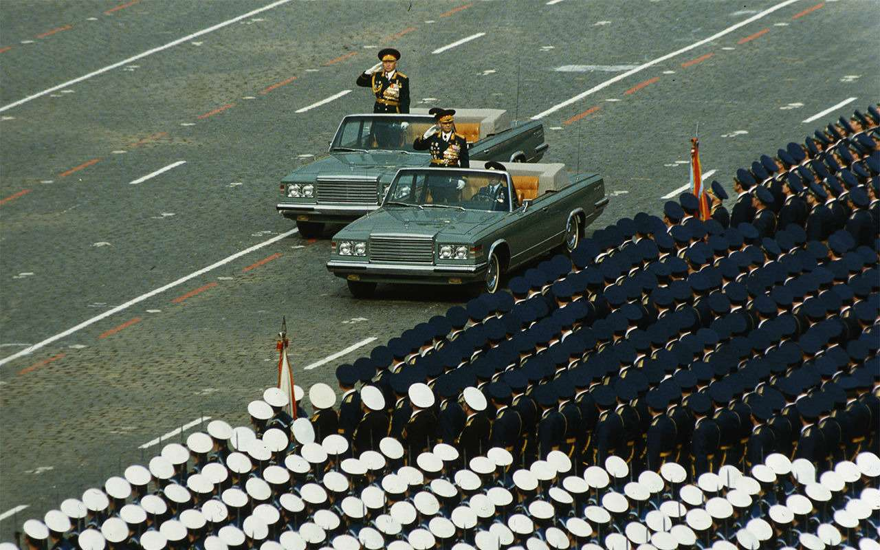 Парадные иповседневные: легковые автомобили Советской Армии— фото 846564