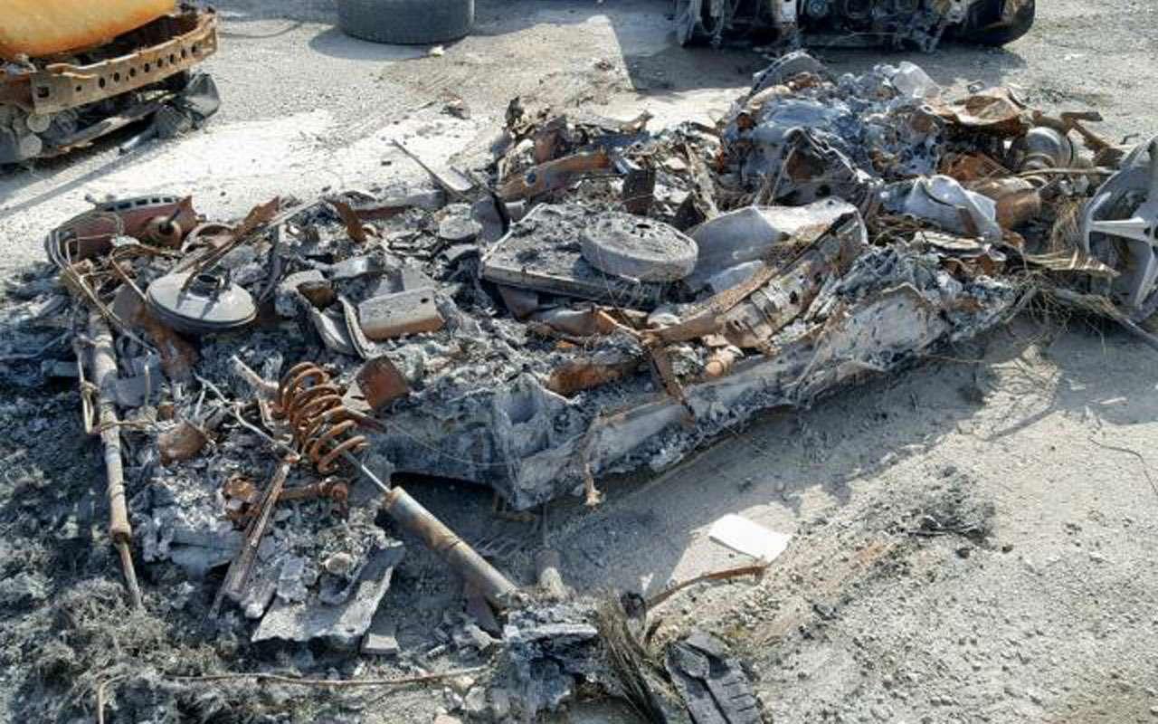 Жадность 80lvl: сгоревший дотла Ferrari выставлен напродажу— фото 1002286