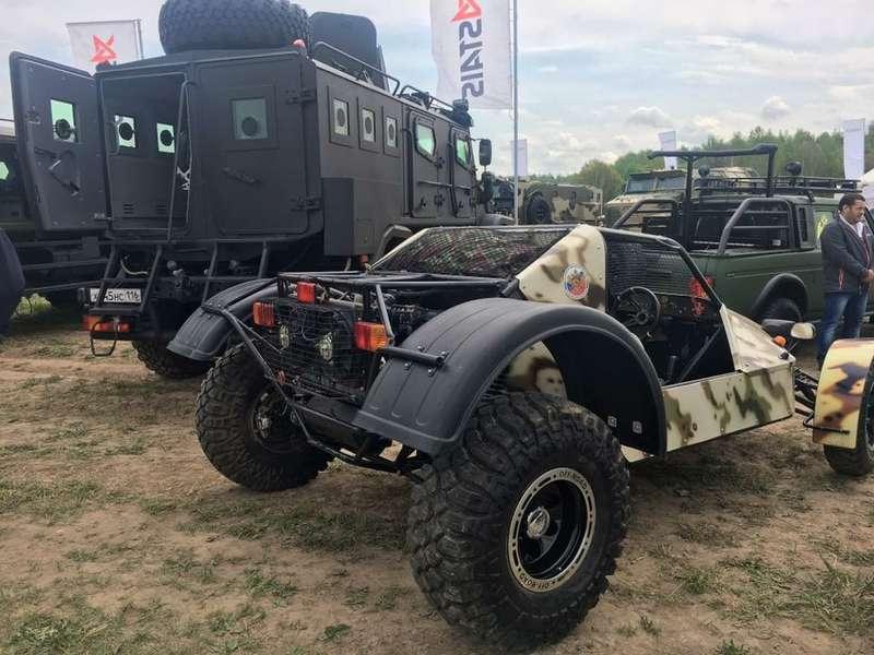 Волжский автомобильный завод представил багги для Росгвардии