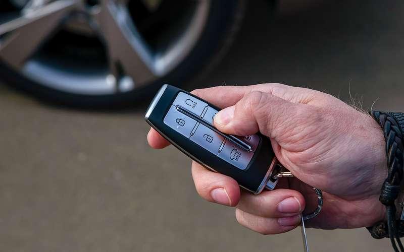 Genesis GV80, VWTouareg, Volvo XC90: тест вцифрах