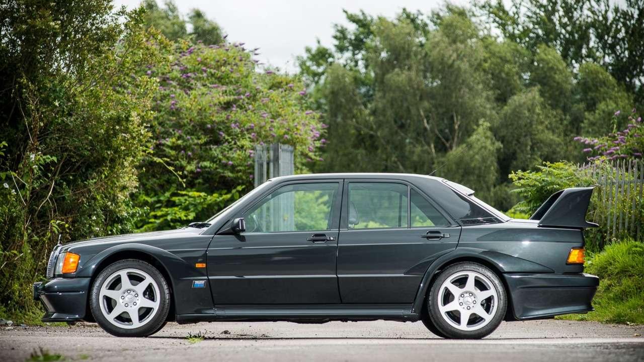 Дорогущий старикашка: фантастический Mercedes-Benz 190E запросит кругленькую сумму— фото 617300