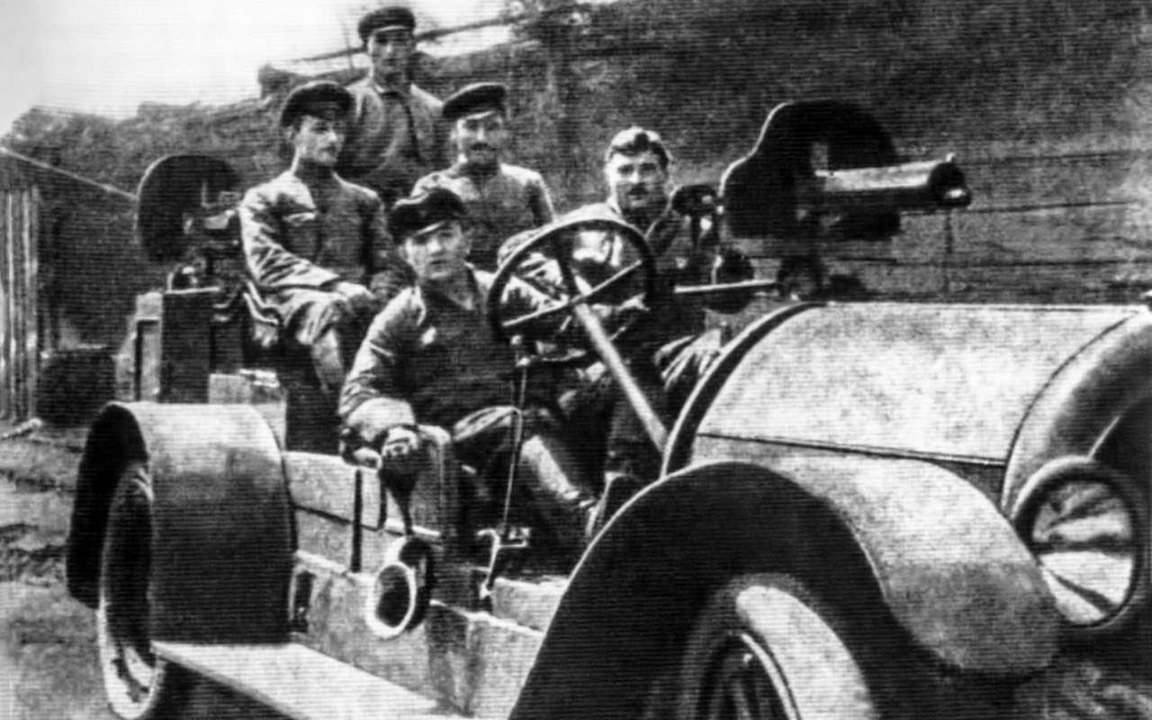 Первый советский частный автовладелец? Никогда не угадаете, кто это!— фото 810422