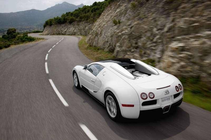 Bugatti Veyron 16.4 Grand Sport— самый быстрый родстер вмире— фото 348225
