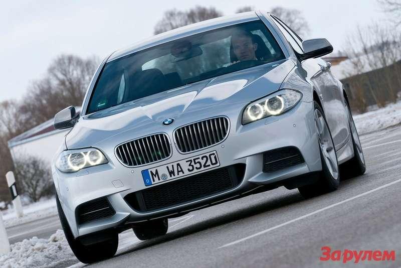 BMWM550d xDrive 2013 1600x1200 wallpaper 02