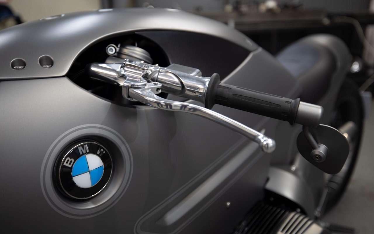 Это вообще реально? Российский мастер создал мотоцикл позаказу BMW Motorrad— фото 1138768