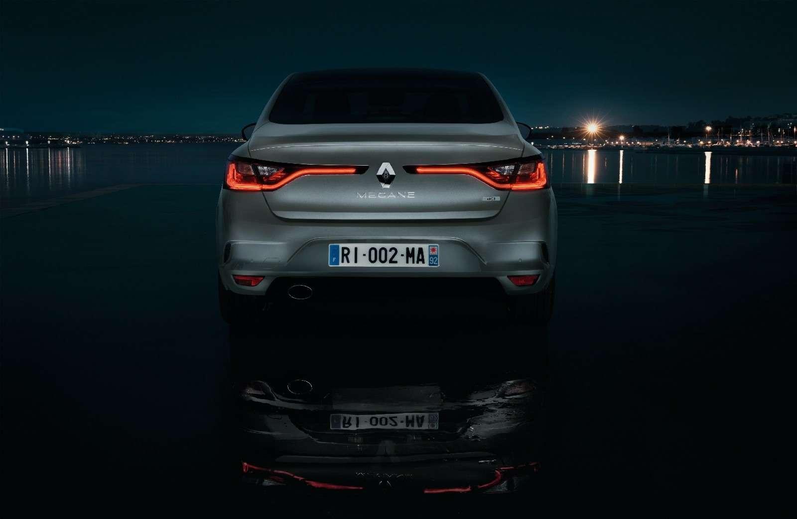 ИзТурции слюбовью: представлен новый седан Renault Megane— фото 607498