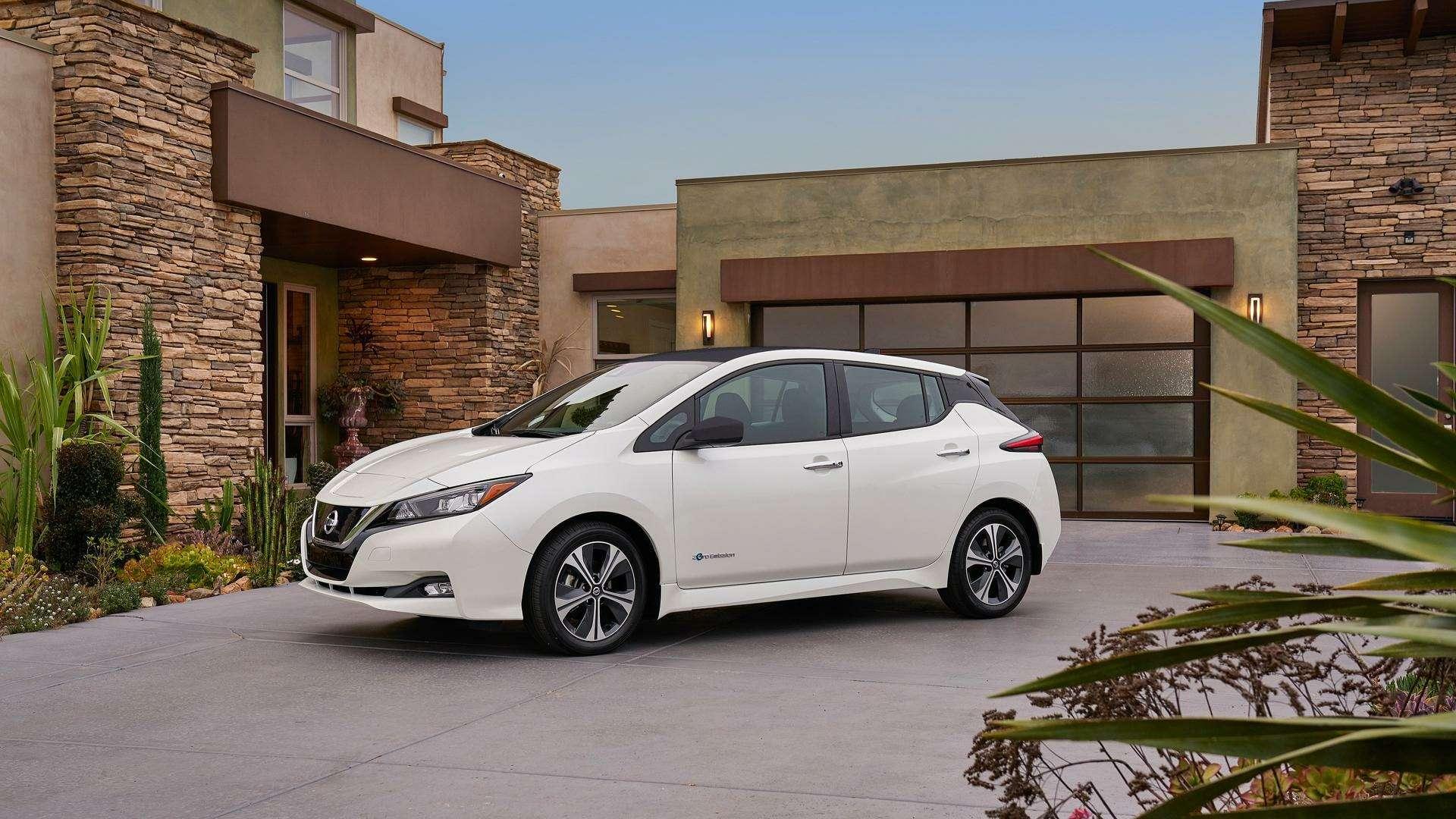 Nissan представил электромобиль дляРоссии— фото 791442