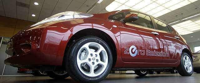 Nissan перепрограммирует 5300 Leaf