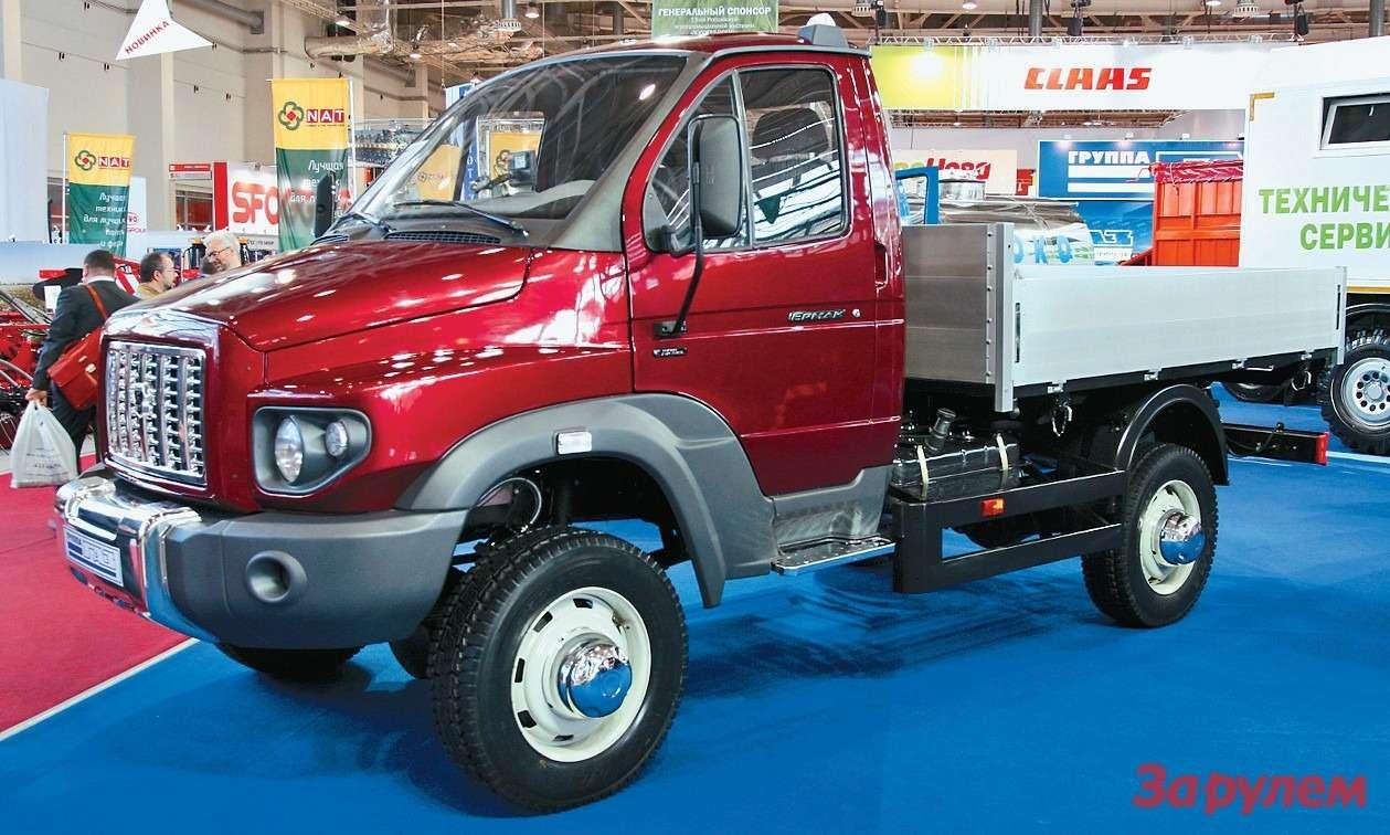Нижегородский «Ермак»— полноценный капотный грузовик. Еще одно удачное  применение кабины «ГАЗели». Жаль, что ему уготована работа только населе