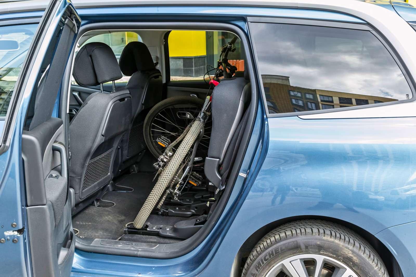 Изящество или практичность? Citroen Grand C4Picasso против VWCaddy Maxi— фото 599138