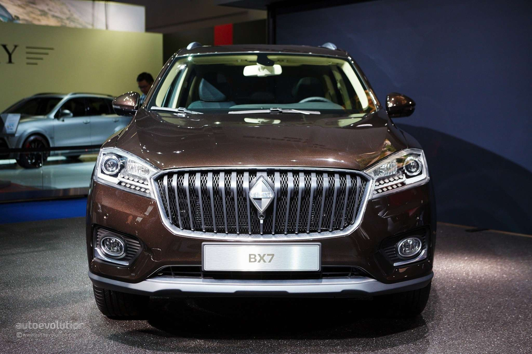 borgward-is-officially-back-with-its-bx7-suv-in-frankfurt-live-photos_15