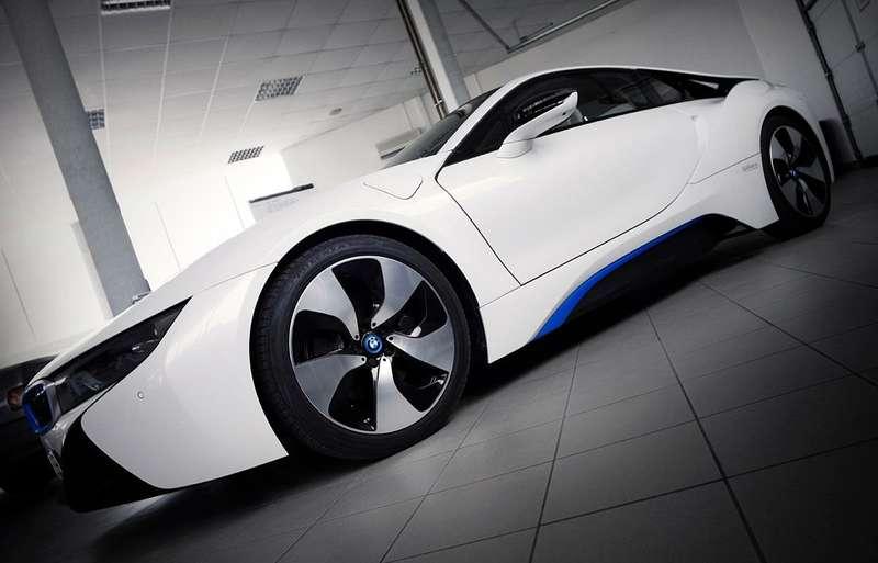 BMW-i8-V8-engine-Gabura-1