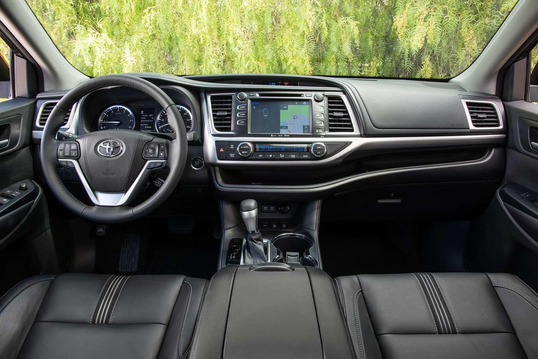 Наволне прогресса: Toyota рассказала про обновленный Highlander— фото 640916