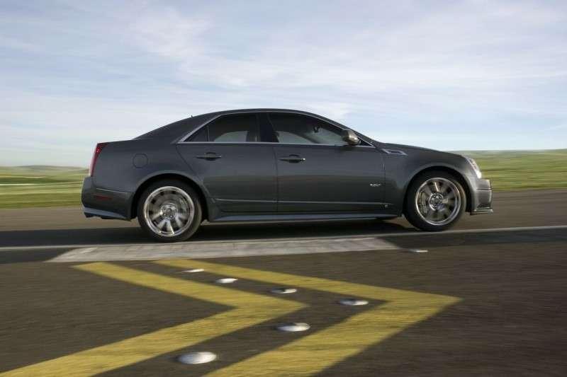Первый Cadillac CTS-V продали за$75000— фото 350029