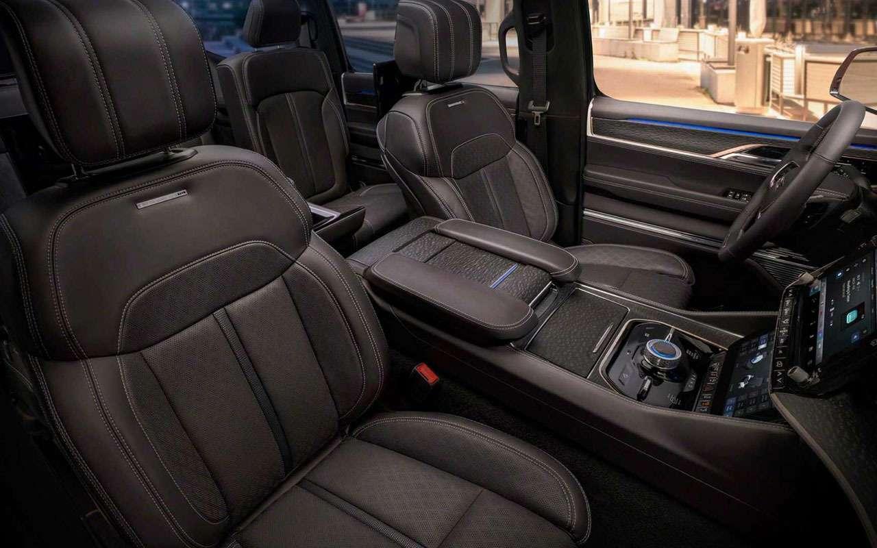 Новый Jeep— 7экранов идерево набортах— фото 1164788