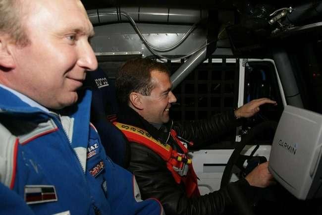 Медведев иЧагин-2