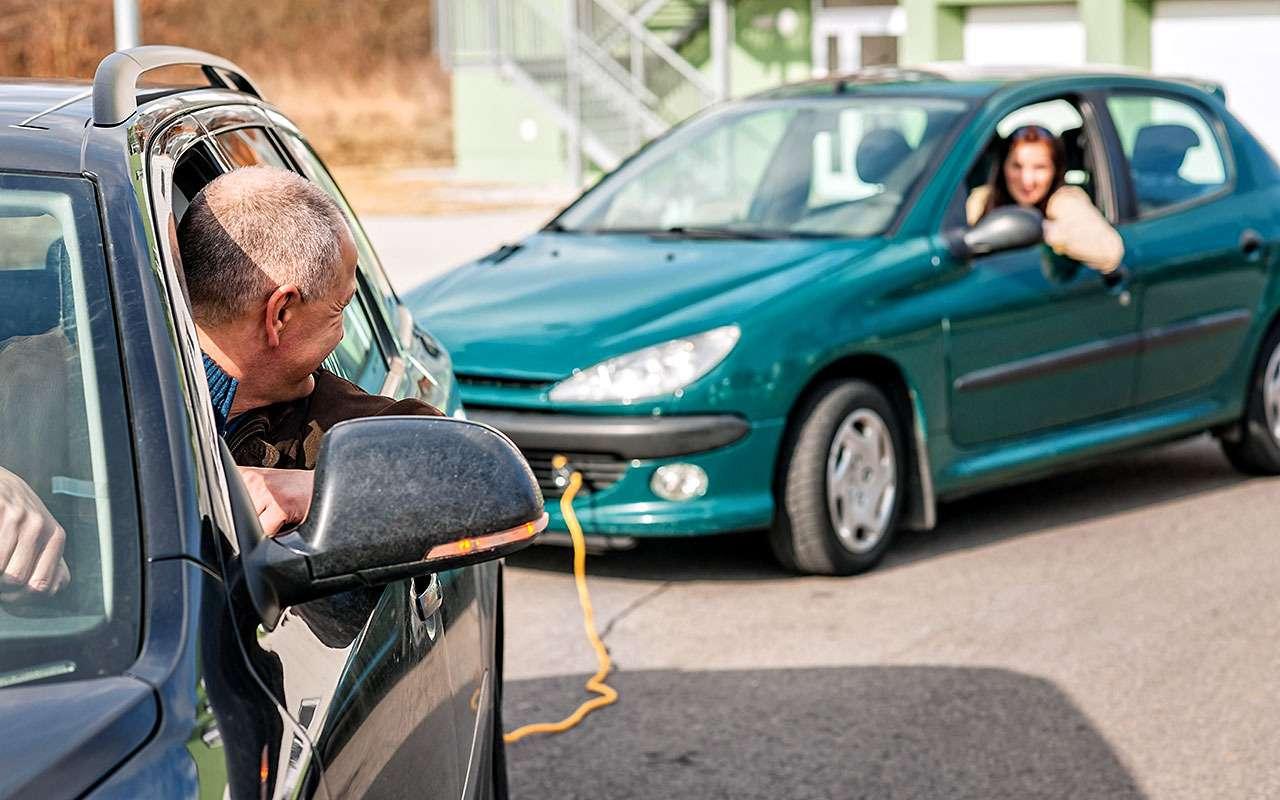 7 способов убить автомат: самые частые ошибки водителей— фото 1253246
