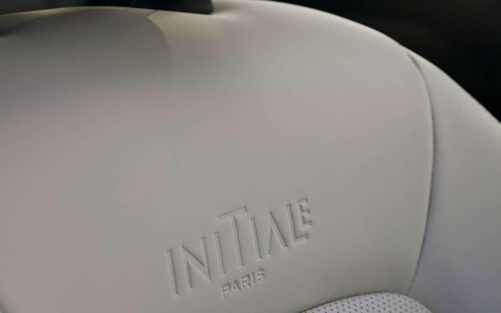 Новый Renault Koleos против конкурентов: буржуа, лесник иленивец— фото 780207